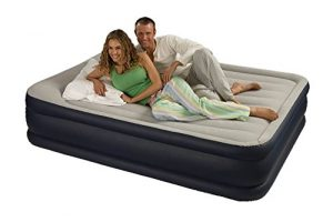 cama hinchable doble intex pillow